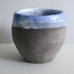 Beaker. 7cm high  £10